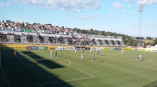 Com gol de pênalti, Bragantino perde para o Paraná