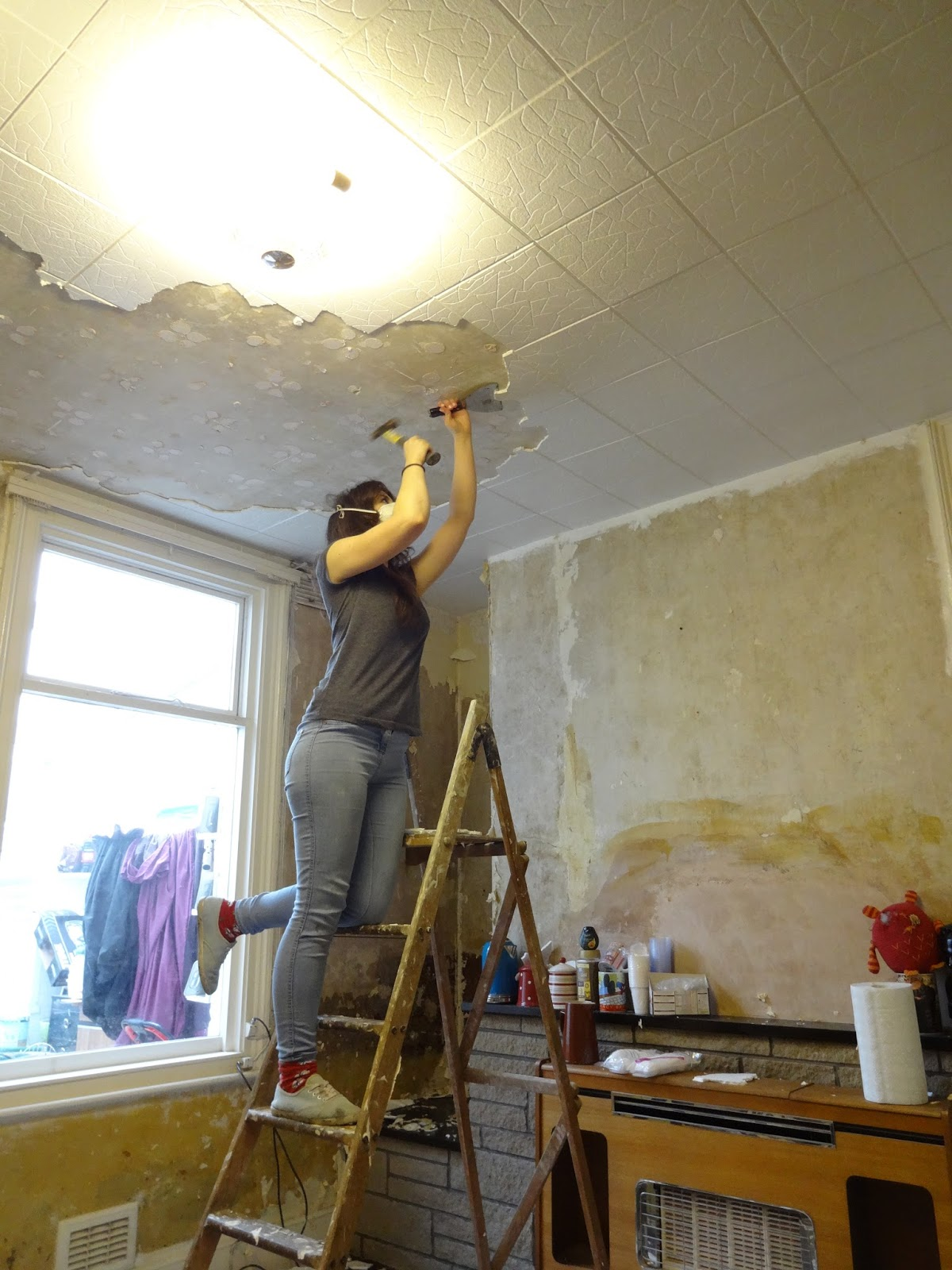 How much does it cost to remove polystyrene ceiling tiles www how much does it cost to remove polystyrene ceiling tiles www dailygadgetfo Choice Image
