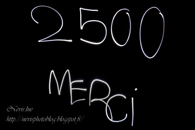 Light painting texte 2500 merci