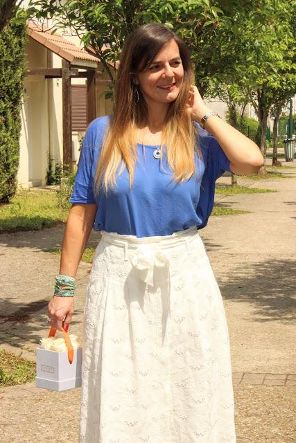 jupe blanche sézane, atelier 19 roses éternelles, les petites bulles de ma vie