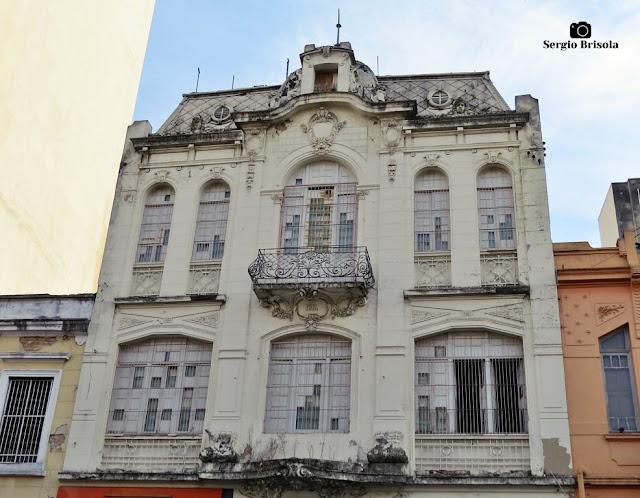 Vista da fachada de um Antigo Palacete na Rua 25 de Março 799 (1912) - Centro - São Paulo