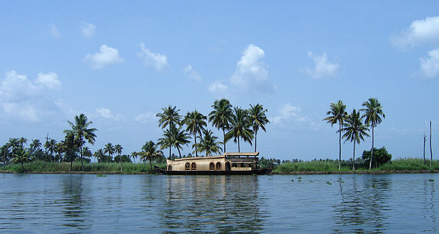 Vembanad Lake (Longest Lake of India)