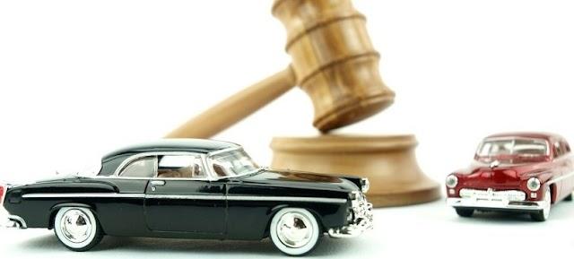 Motor Vehicles Act- कार-बाइक चालवणाऱ्यांसाठी कायद्यात बदल, 'हे' आहेत नवे  कडक नियम