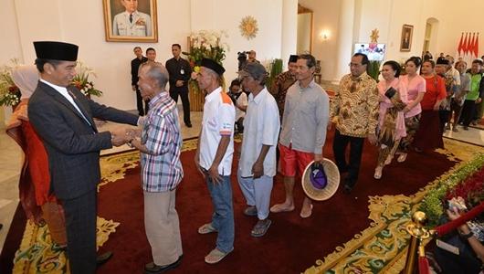 Presiden Jokowi Open House di Istana usai Salat Id