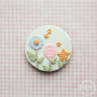 making dreamy embroidery cookies in Adelaide