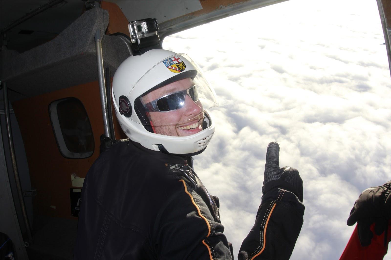 Modellprojekt: Saarland will testen, was passiert, wenn man ohne Fallschirm aus einem Flugzeug springt