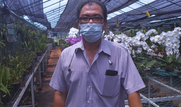 Wakil Direktur Vivin Orchid Garden, Indra Setiawan