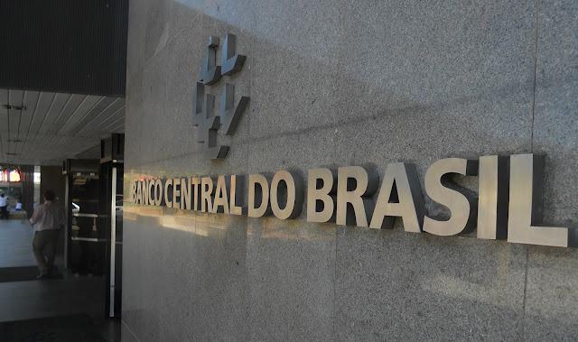 Banco Cerntral obriga bancos a adotar pagamento instantâneo, alternativa a TED e DOC