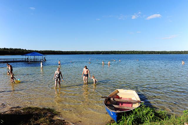 Jezero Svicjaz, belorusija, poletna ohladitev, kopanje v jezeru
