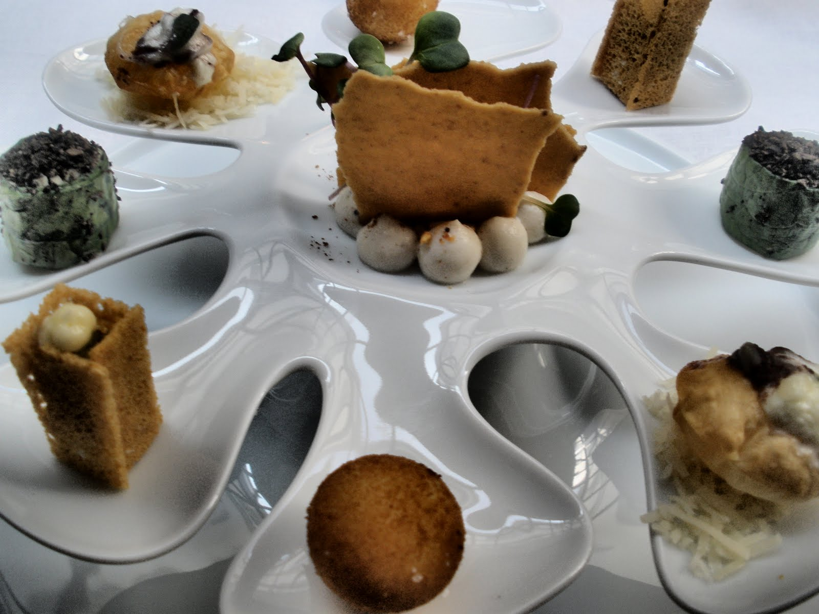 Restaurant Le Cromesquis Rue Du Salut Aurillac