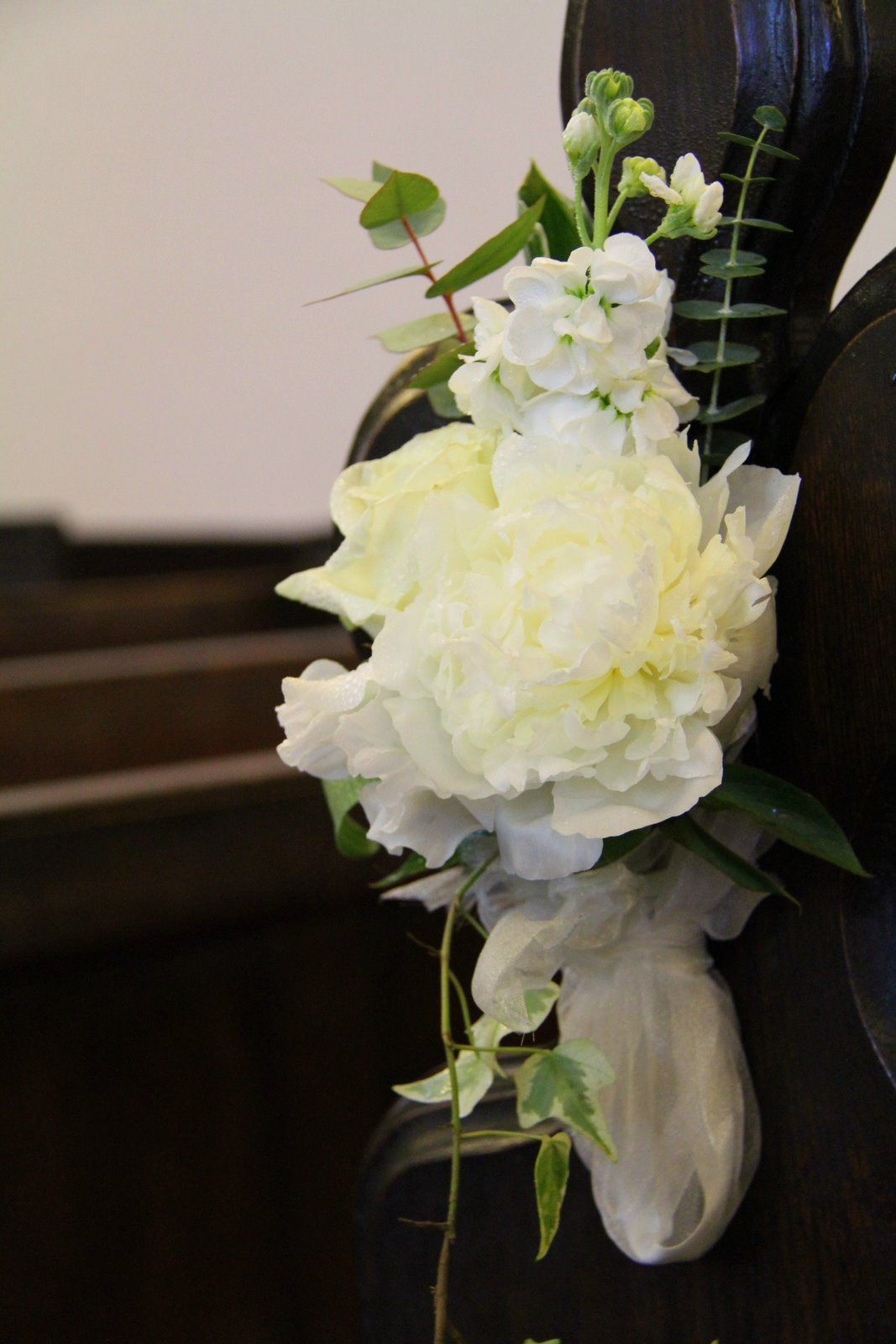 flower design wedding ceremony styling pew end decorations at all hallows church great mitton. Black Bedroom Furniture Sets. Home Design Ideas