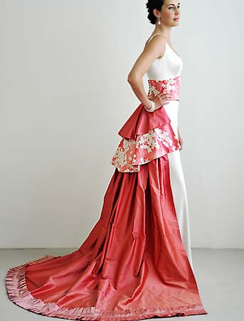 Amazing Anese Inspired Modern Wedding Gowns Cherry Blossoms At Their Best Red And White With Great Cultural Value Very Chic