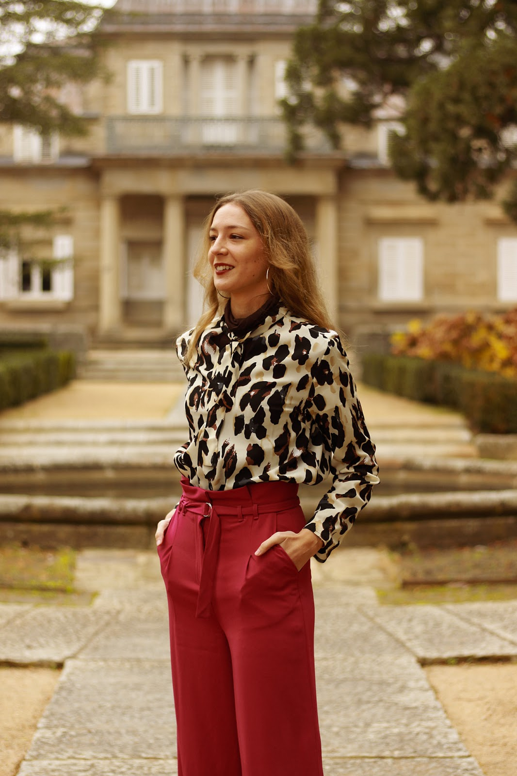 animal-print-shirt-palazzo-pink-pants-street-style