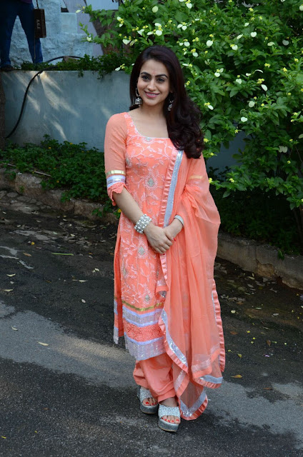 Aksha in Peach Salwar Kameez For her New Movie Opening Event