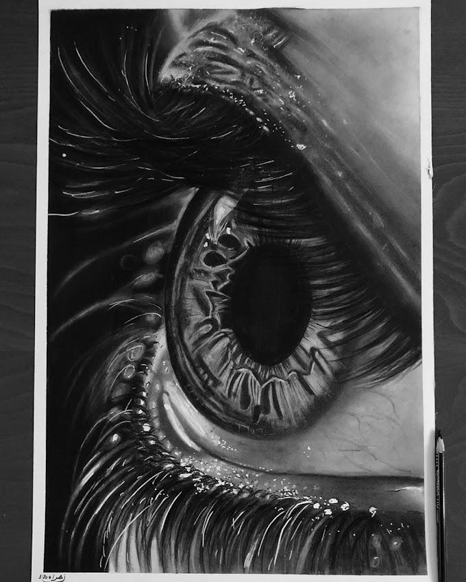 لوحات بالاقلام الفحم والرصاص للرسامة العراقية زهراء عبد الجبار