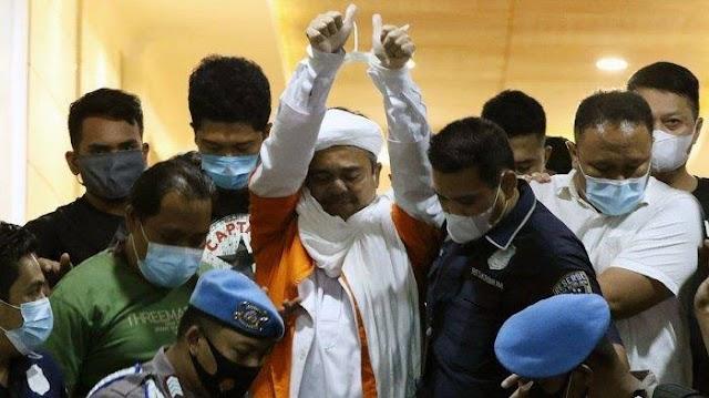Warga Tionghoa : Sakit Dada Ini Membayangkan Kondisi HRS Dipenjara!
