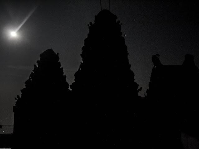 Paravadhamalai temple silhouette