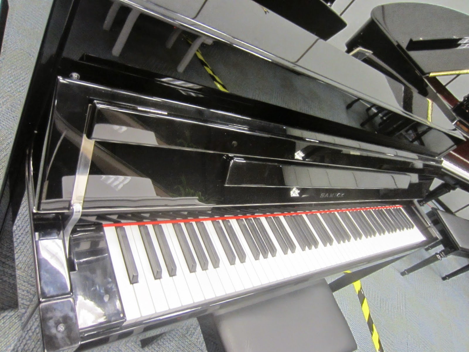 Samick NEO hybrid digital upright piano