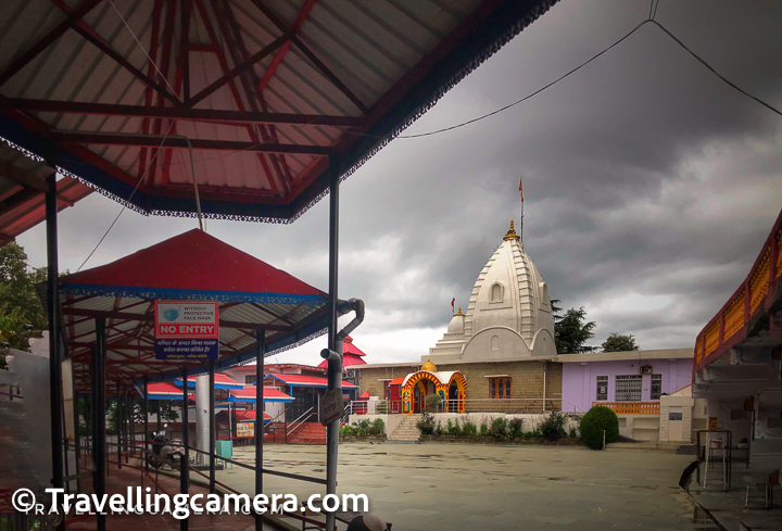 Naina Devi temple is one of the important temples in this region and has a very well maintained campus. During this visit, we saw lot of improvements in terms of infrastructure and  covid protocols were being followed pretty well.   If you are visiting the temple during first half of the day, you may want to enjoy bhandara (food) in the campus. Bhandara space is open for everyone till 2pm. There is no major hotel or dhaba around the temple, if you want to eat anything. So it's recommended to have your meal at Rewalsar and then climb us. Light snacks, cold drinks etc are available around the main gate and if you are looking for a recommendation, we would suggest to have a 'Kulfi', which was amazing and that only costs 10 Rs.