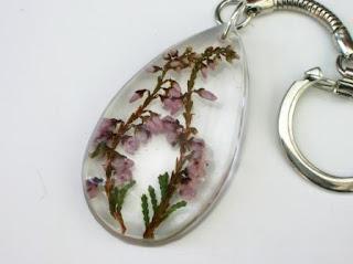 Resin keyring for preserved wedding flowers