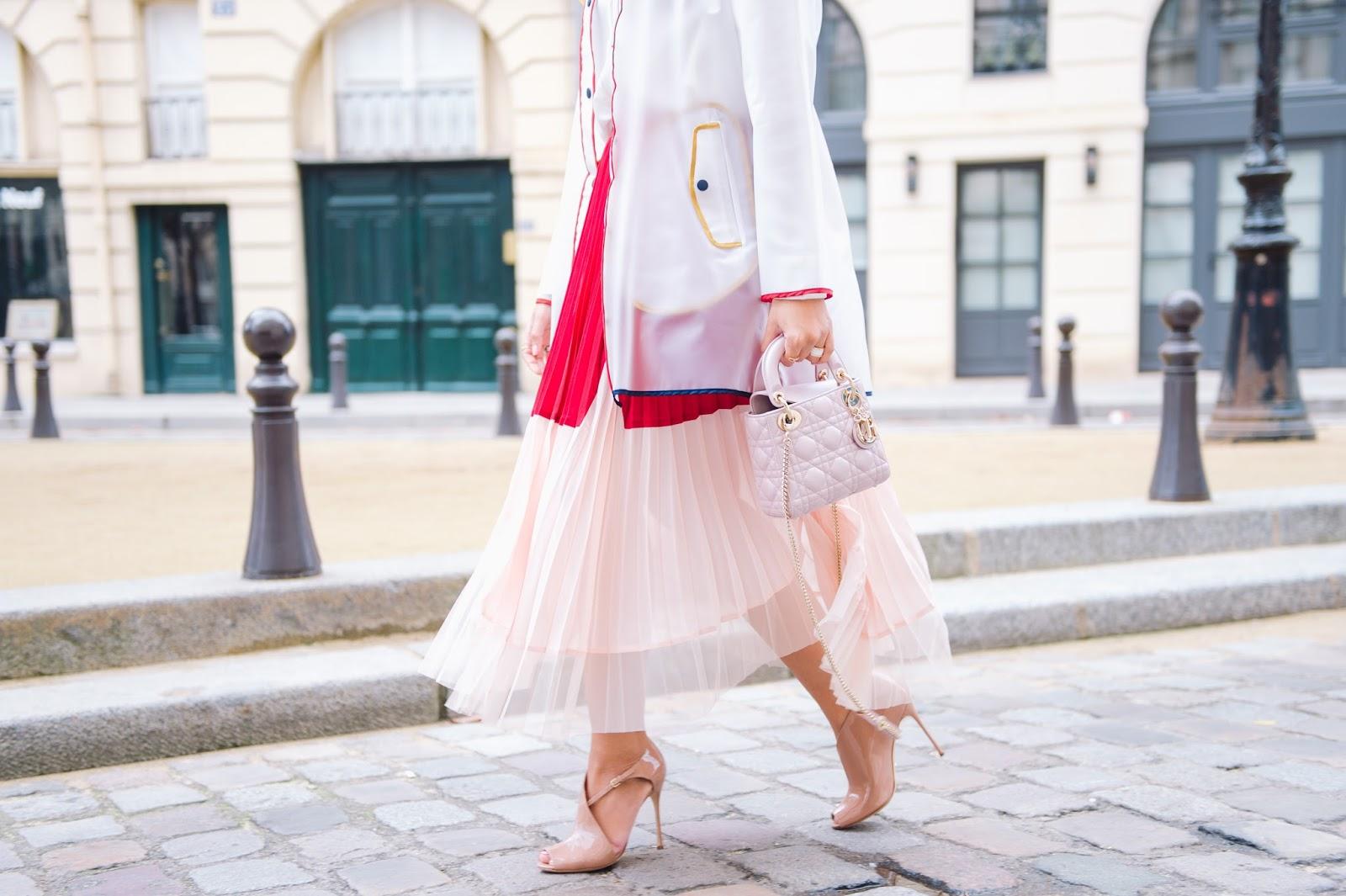 e044000c674f4 اليوم اللبس من أول يوم في أسبوع الموضة في باريس