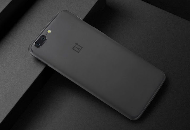Users Complain OnePlus 5 Screen Problems