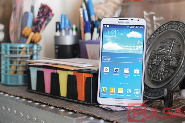 Galaxy Note 4, Lebih Gahar dengan Versi Layar Lengkung dan Datar?