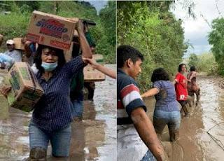 Viral Istri Bupati Sumba Timur Merliaty Praing Simanjuntak Pikul Bantuan Terjang Jalan Berlumpur