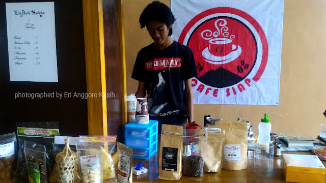 Cafe Siap di Gedung Bupati Tasikmalaya.