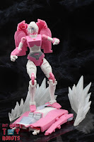 Transformers Kingdom Arcee 21