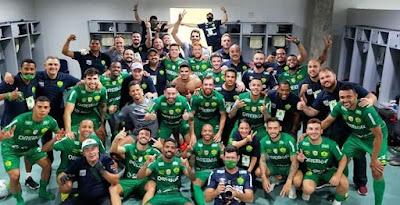 Com vários jogadores com passagem pelo futebol goiano, Cuiabá conquista o inédito acesso a Série A de 2021
