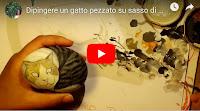 Come dipingere un gatto su sasso di mare