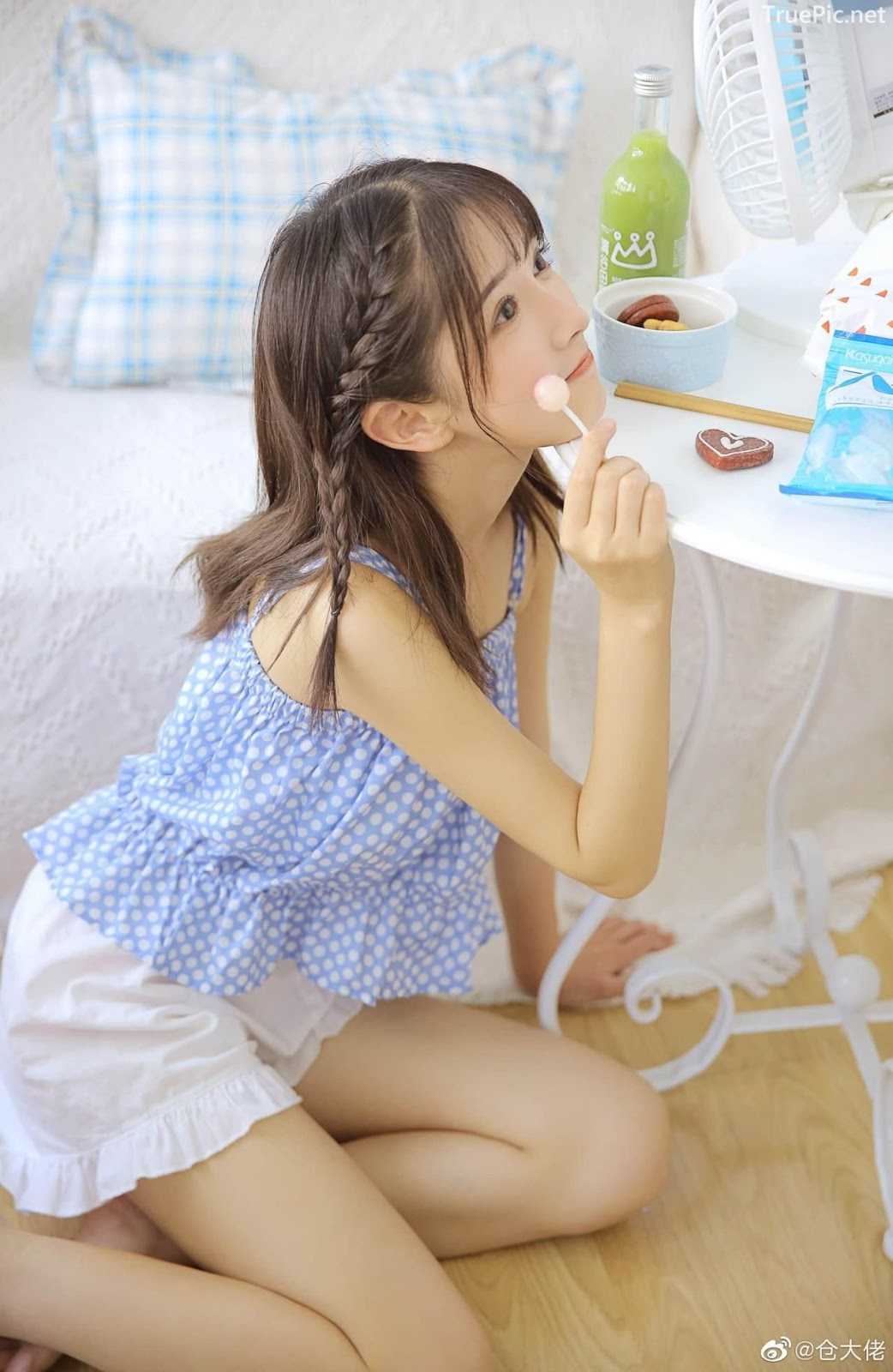 Chinese cute girl - She is a Beautiful sweet candy girl - TruePic.net - Picture 4