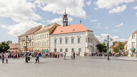 MNB: az I. kerület új polgármesterét fogadta a jegybank budavári központja