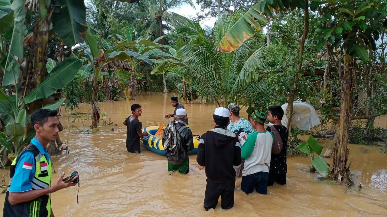 Rekening Dibekukan, Anggota FPI Patungan Bantu Korban Bencana
