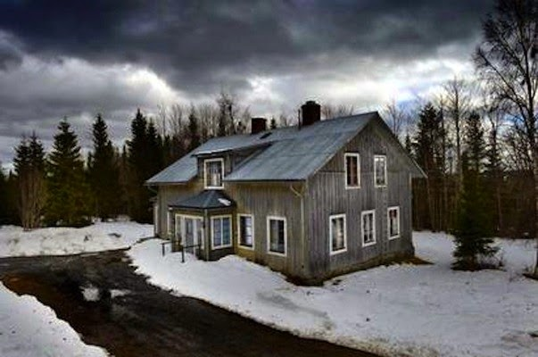 Ten Haunted Abandoned Houses In The World | Borgvattnet (The Haunted Vicarage) – Sweden