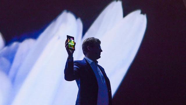 Tecnología del futuro: Infinity Flex es el nombre del primer smartphone plegable
