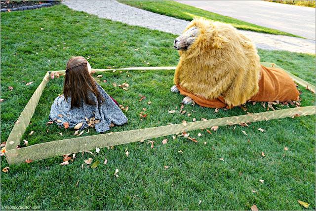 Lucy y Aslan de las Crónica de Narnia Calabaza en New Hampshire