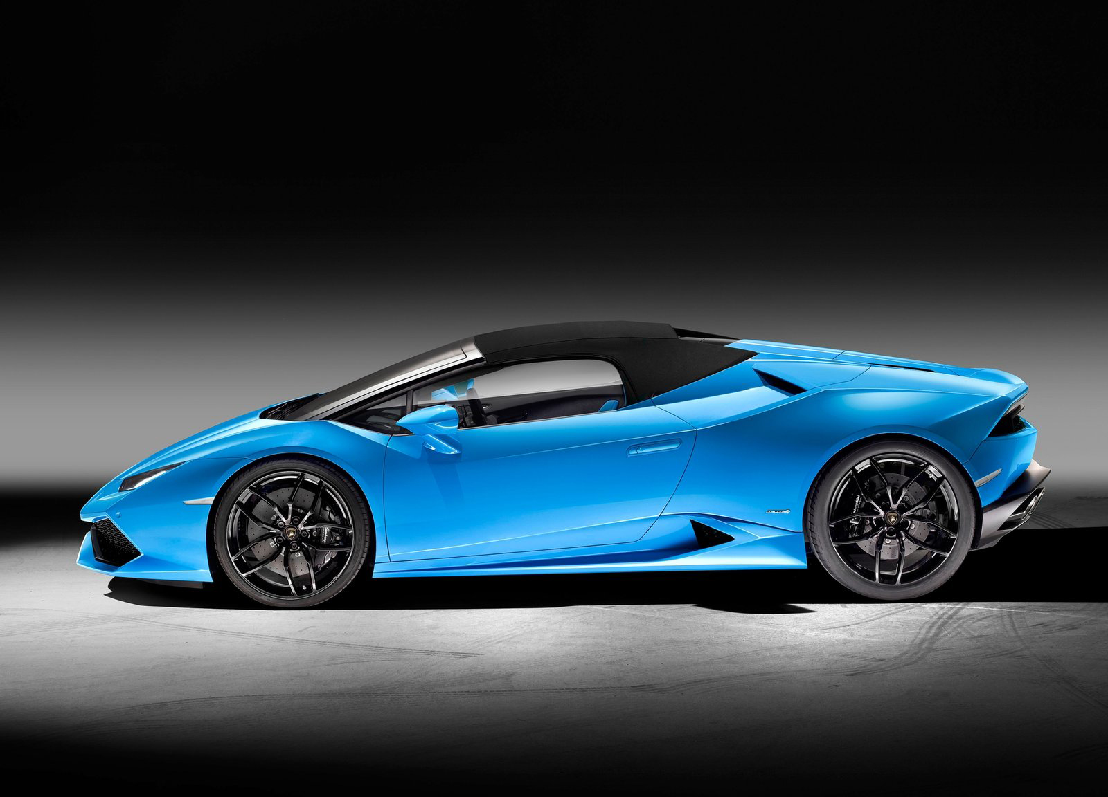 lamborghini reportedly planning huracan spyder performante carscoops. Black Bedroom Furniture Sets. Home Design Ideas