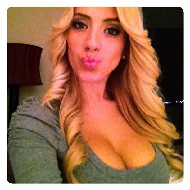 Pussy Valeria Orsini  nude (21 foto), Twitter, see through