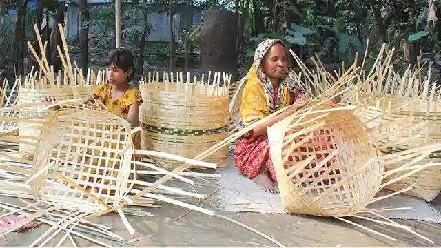 ধুনটে করোনায় কর্মহীন খাঁচি তৈরীর কারিগররা