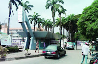 Lagos University Hospital Accident, Emergency Unit In A Lock Down As Angry Families Attack Hospital Staff
