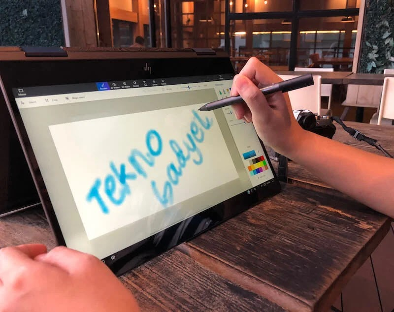 The HP ENVY x360 touch-screen display is compatible with a digitizer pen