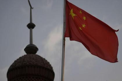 Cina Akan Merevisi Ulang Al-Quran dan Alkitab di Tengah Tindakan Kekerasan Terhadap Minoritas Uighur