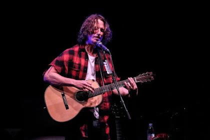 Biografi Chris Cornell Musisi Bersuara Emas