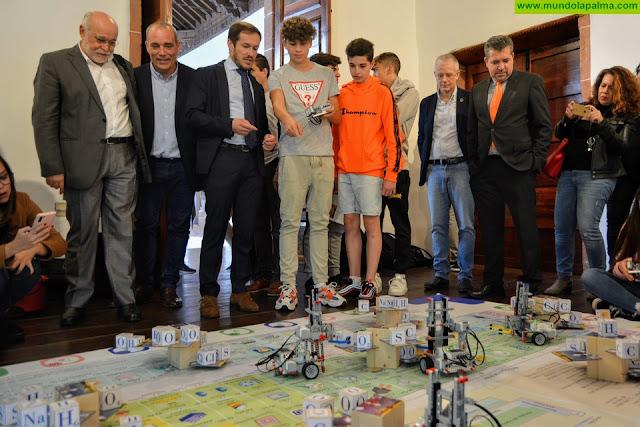 La comunidad educativa de La Palma se vuelca con la Miniferia de la Ciencia y la Innovación 2019