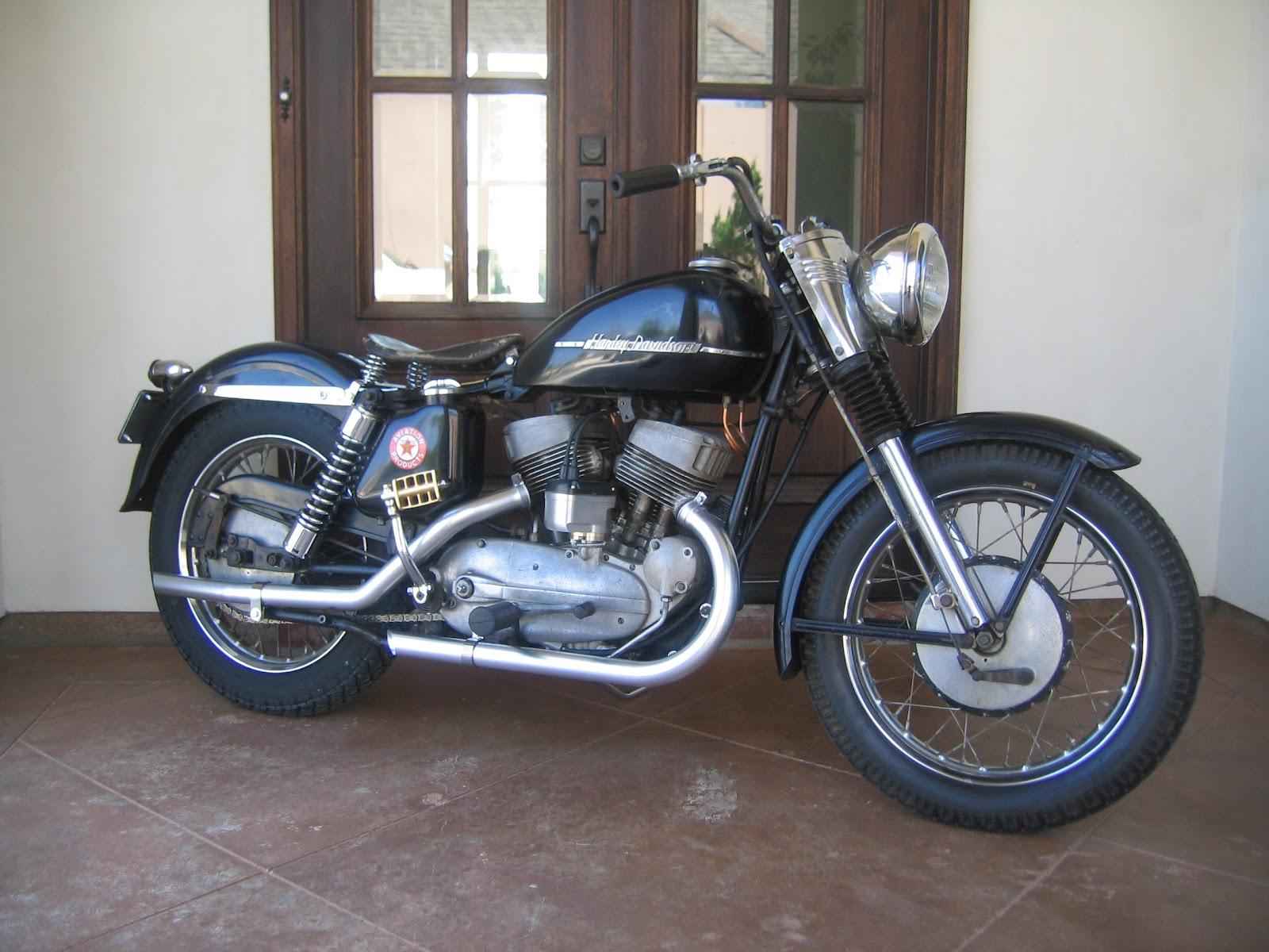 Harley Davidson: Musings Of A Motorcycle Aficionado........: 1953 Harley