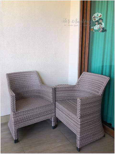 Crimson Resort and Spa Mactan Balcony Veranda