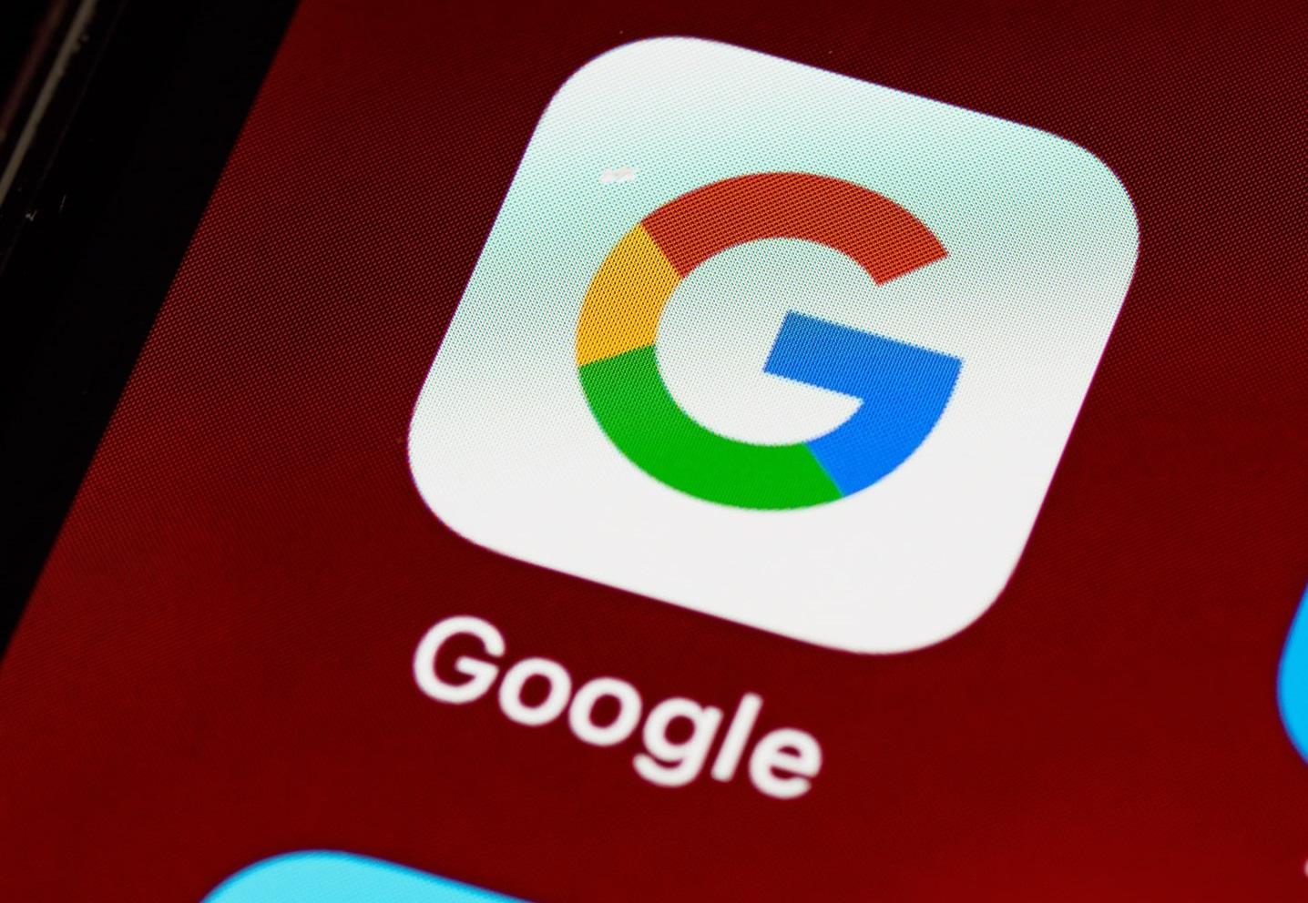 Google, Arama Sonuçlarının En Üstünde Görünen Kapsamlı İçerikle Ürün İnceleme Algoritmasında Değişiklikler Getiriyor