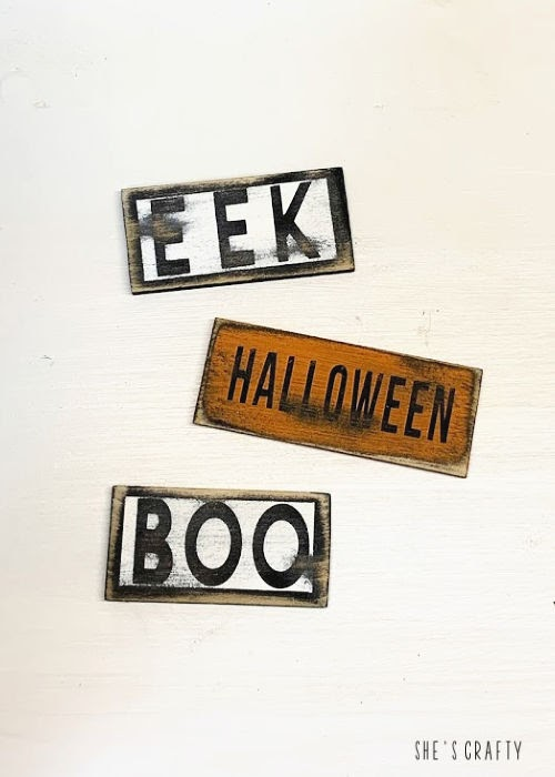 mini Wood Signs for Halloween